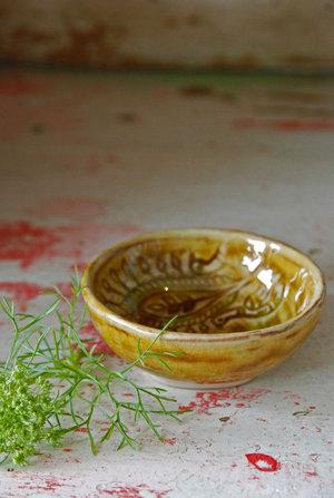 Small dip bowl, pineapple